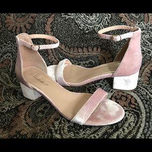 BRECKELLE'S blush pink velvet ankle shoes